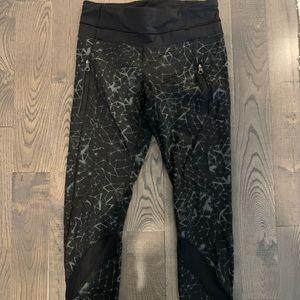 Lululemon size 2 side zip running tights